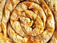 Рецепта Вита баница от готови кори с тиква, орехи и галета (тиквеник)